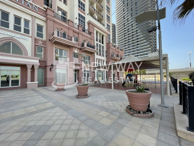 residential apartment for rent in canal residence west