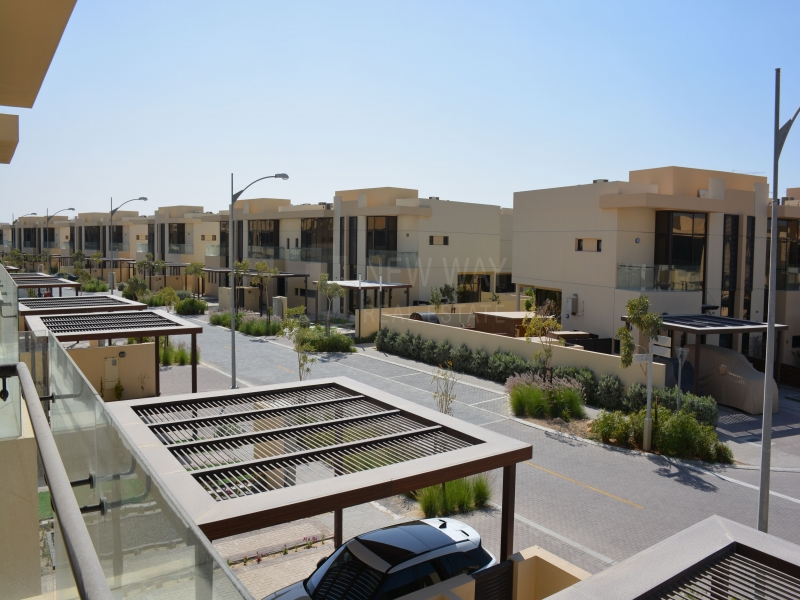 residential villa townhouse for rent in damac hills akoya
