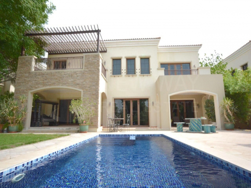 residential villa townhouse for rent in jumeirah golf estates