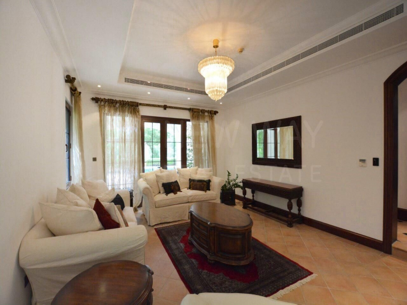 residential villa townhouse for sale in jumeirah golf estates